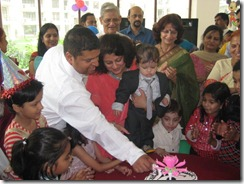 20091115_Urvaksh First B'Day_0078